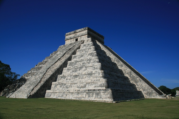 El Castillo - Chichen Itza