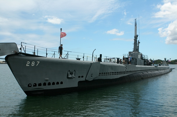 Pearl_Harbor_Bowfin-1