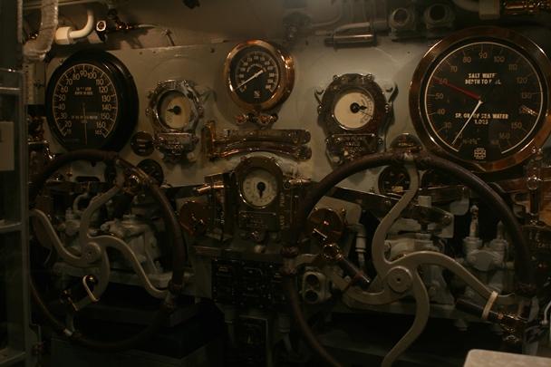 Pearl_Harbor_Bowfin-6