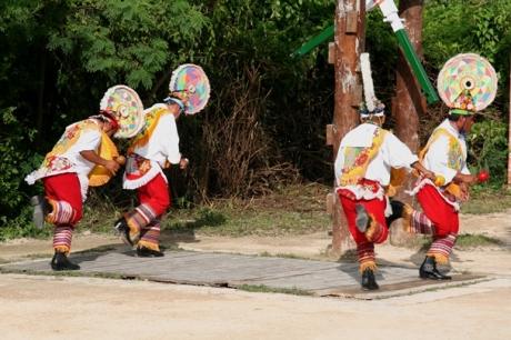 Riviera Maya - Xcaret dancers