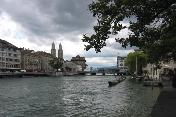 Zurich0015-Limmat