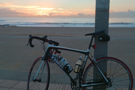 fff-cycling_sunrise